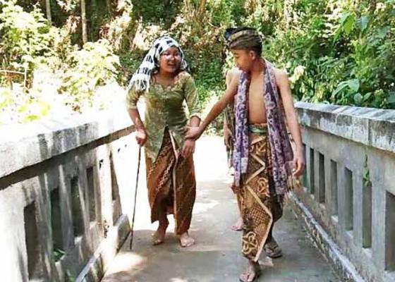 Nusabali.com - hardiknas-smpn-1-banjarangkan-garap-video-pendek