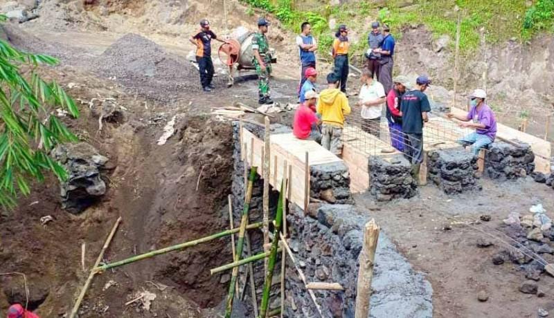 www.nusabali.com-desa-sebudi-bangun-dua-akses-evakuasi