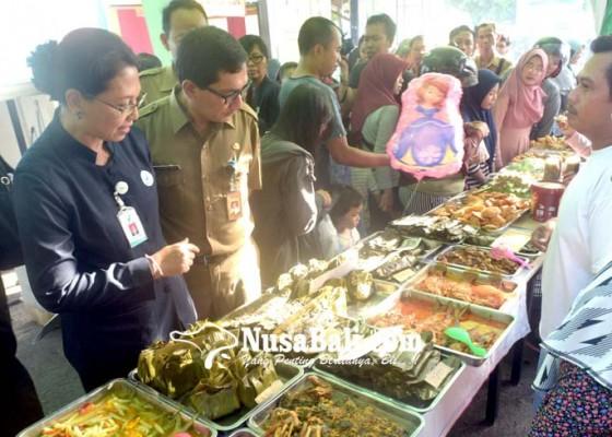 Nusabali.com - takjil-di-kampung-jawa-aman-dikonsumsi