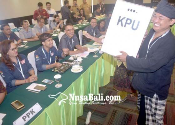 Nusabali.com - pleno-kpu-denpasar-diinterupsi-saksi-gerindra