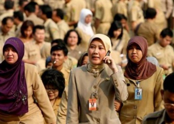 Nusabali.com - 16-guru-bersaing-rebut-trofi-widya-kusuma