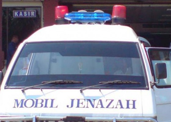 Nusabali.com - pilih-taksi-online-untuk-bawa-jenazah