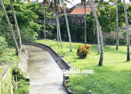 Nusabali.com - sungai-di-dalung-akan-dibangun-taman