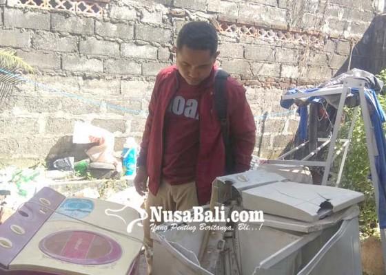 Nusabali.com - bongkaran-pasar-seni-rusak-perabot-warga