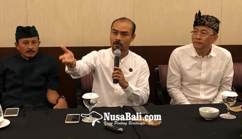 www.nusabali.com-100-perajin-kriya-kayu-ukir-bali-disertifikasi