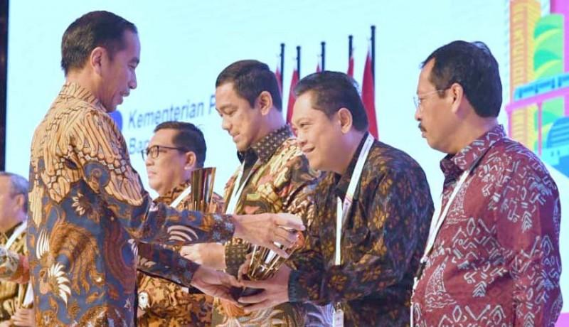 www.nusabali.com-kota-denpasar-raih-penghargaan-terbaik-nasional