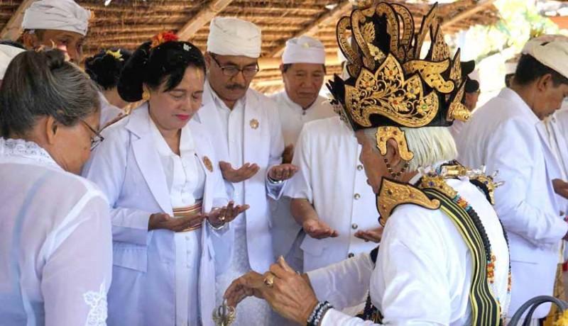 www.nusabali.com-3-sulingih-muput-majaya-jaya-pengurus-phdi