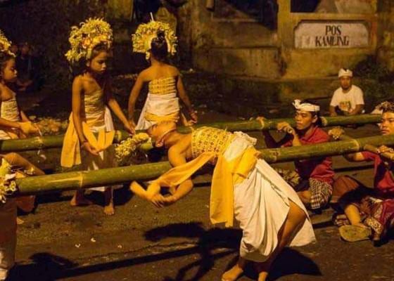 Nusabali.com - tradisi-purba-bangkit-di-era-kekinian