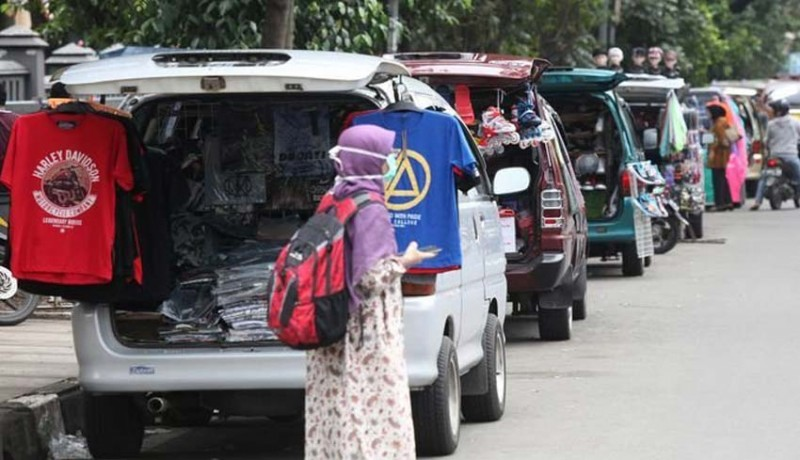 www.nusabali.com-sudah-70-pedagang-bermobil-dipindah-ke-eks-tiara-grosir