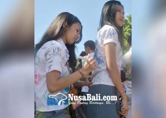 Nusabali.com - aksi-corat-coret-tak-terbendung