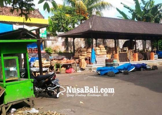 Nusabali.com - pemindahan-pedagang-ke-pasar-loka-crana-diharapkan-dipercepat