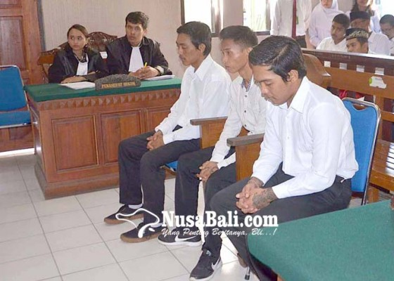 Nusabali.com - kakak-beradik-dan-rekannya-divonis-6-tahun