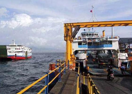 Nusabali.com - dermaga-ponton-jebol-operasi-kapal-berkurang