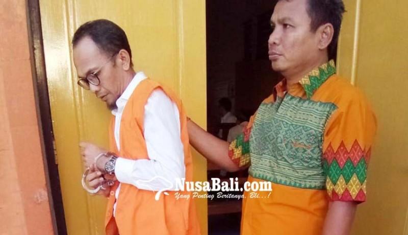 www.nusabali.com-pemilik-25kg-ganja-dituntut-19-tahun