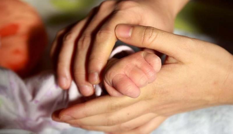 www.nusabali.com-karina-lisiana-dan-anaknya-akan-diantar-ke-kampung-halaman