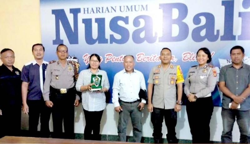 www.nusabali.com-wakapolresta-denpasar-berkunjung-ke-nusabali