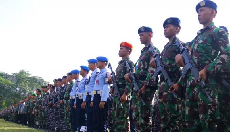 www.nusabali.com-ribuan-personil-tnipolri-amankan-kedatangan-jokowi