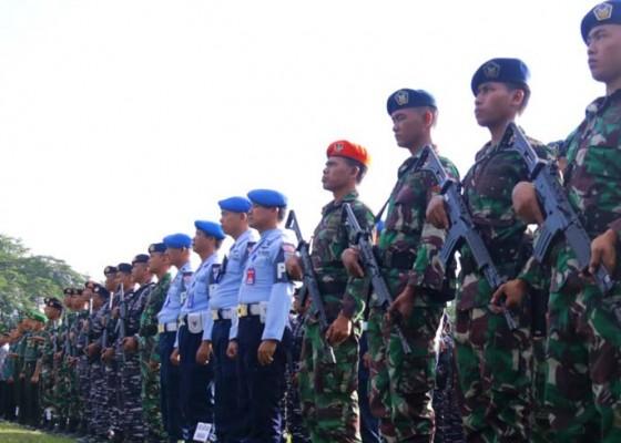 Nusabali.com - ribuan-personil-tnipolri-amankan-kedatangan-jokowi