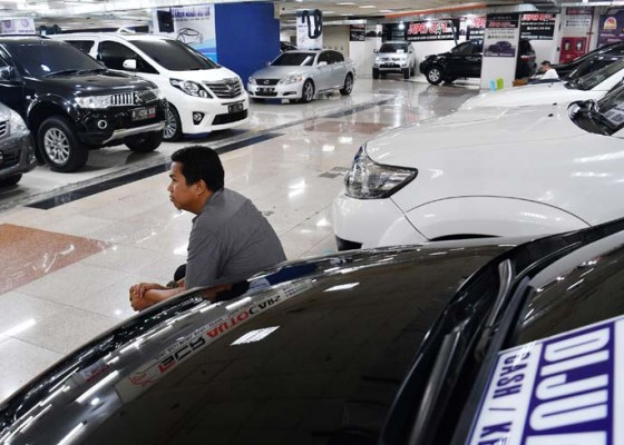 Nusabali.com - penjualan-mobil-bekas-jelang-mudik
