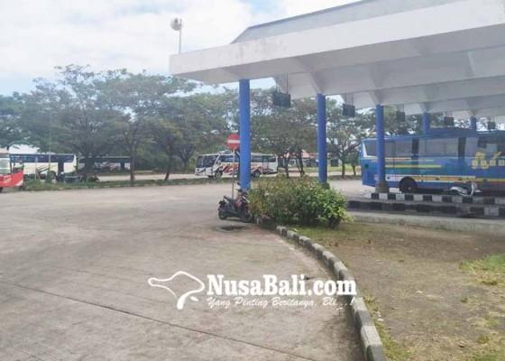 Nusabali.com - arus-mudik-di-terminal-mengwi-masih-sepi
