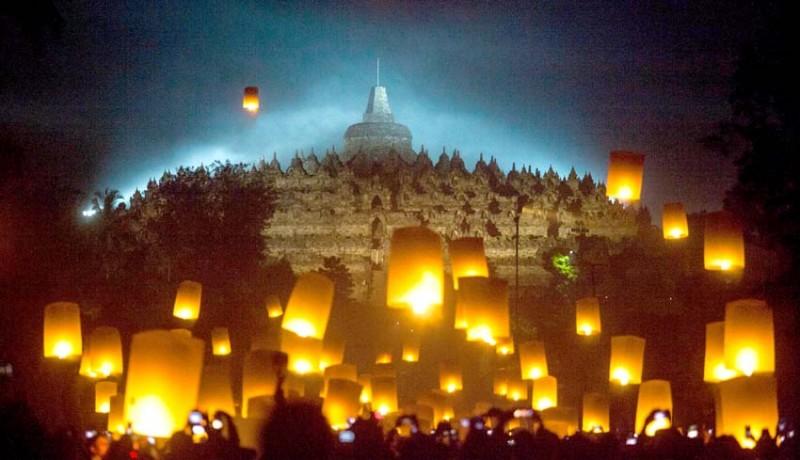 www.nusabali.com-tri-suci-waisak-momentum-umat-buddha-evaluasi-diri