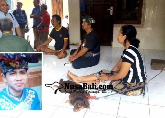 Nusabali.com - digigit-saat-selamatkan-anjing-yang-nyangkut-di-tukad-unda
