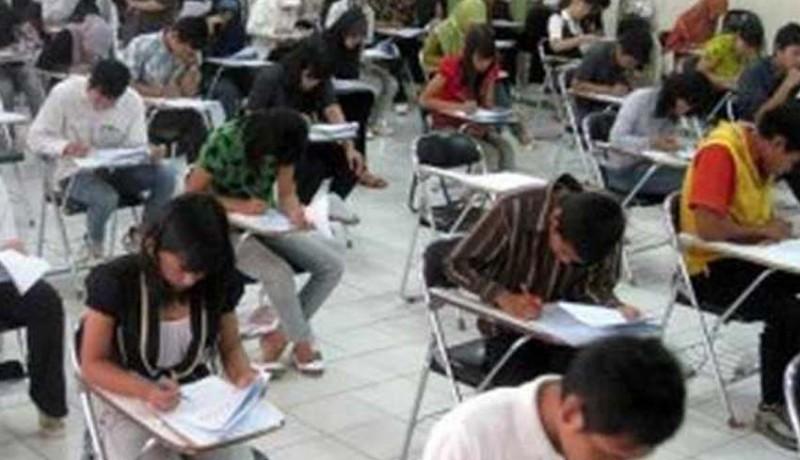 www.nusabali.com-mahasiswa-ugm-dan-itb-diamankan