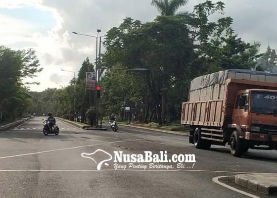 Nusabali.com - lebaran-truk-dilarang-beroperasi-selama-7-hari