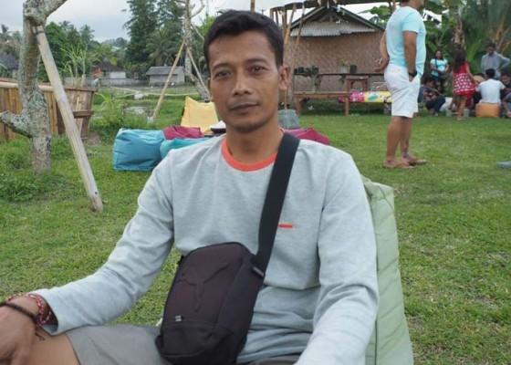 Nusabali.com - i-wayan-widiana-anak-petani-yang-lolos-dprd-klungkung