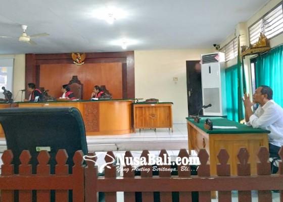 Nusabali.com - terdakwa-juga-coblos-surat-suara-untuk-caleg-pdip
