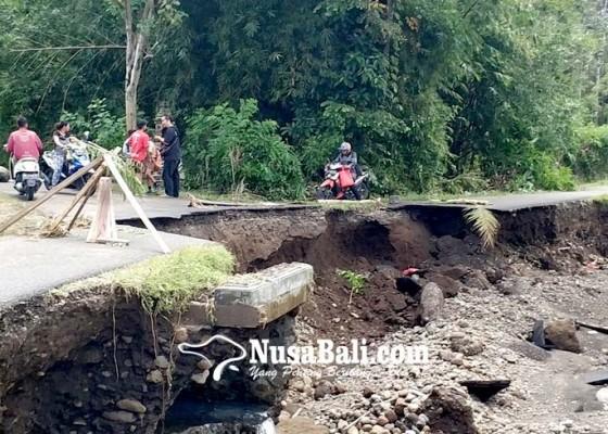 Nusabali.com - banjir-di-jembrana-182-rumah-terendam