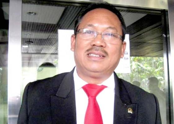 Nusabali.com - urip-berpeluang-jabat-ketua-komisi-iv-dpr-ri