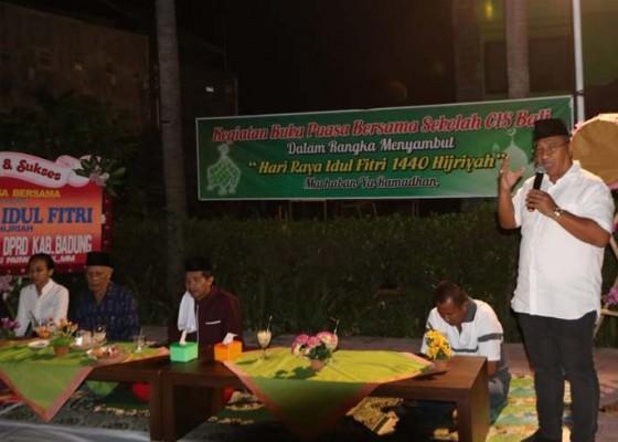 Nusabali.com - jalin-toleransi-antar-umat-beragama-parwata-hadiri-bukber-di-sekolah-cis-bali