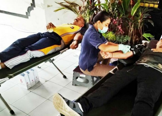 Nusabali.com - desa-tista-gelar-aksi-sosial-donor-darah