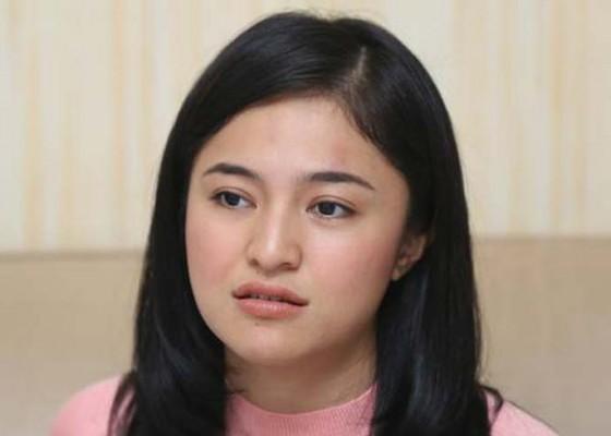 Nusabali.com - netizen-frustrasi-marshanda-beri-motivasi