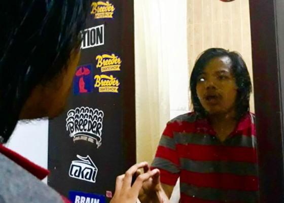Nusabali.com - suka-bicara-sendiri-kamu-tidak-gila-kok-ini-penjelasannya