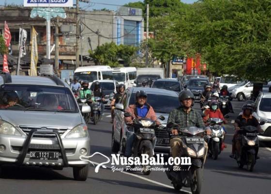 Nusabali.com - mulai-jumat-ini-jalan-cokro-kembali-dua-arah