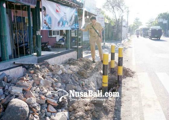 Nusabali.com - rusak-menahun-tl-penarukan-mulai-diperbaiki