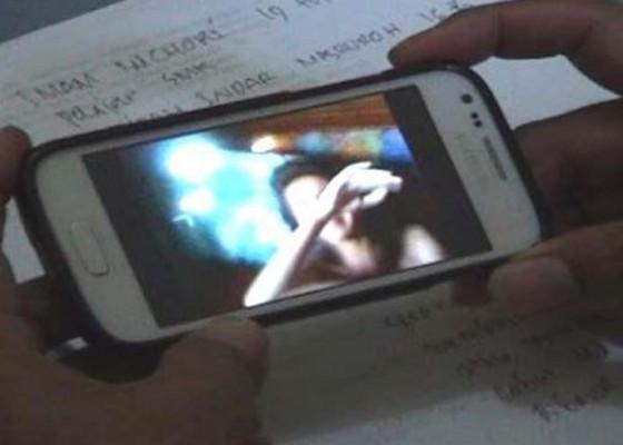 Nusabali.com - heboh-video-mesum-siswi-smp-dan-mahasiswa