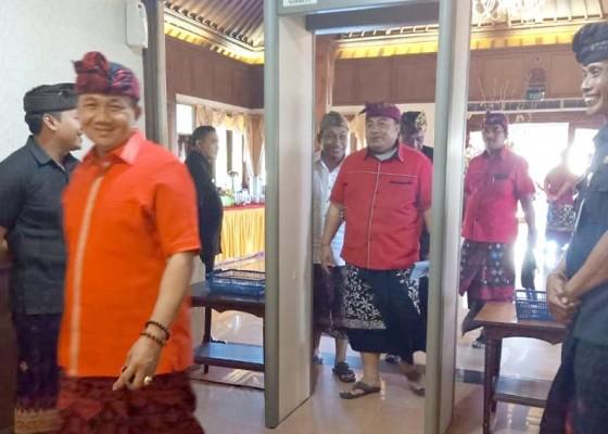 Nusabali.com - anggota-dewan-bali-dipantau-dengan-metal-detector