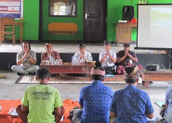 Nusabali.com - sosialisasi-ranperdes-pengelolaan-pesisir-desa-bunutan