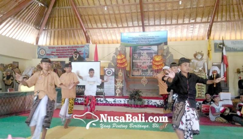 www.nusabali.com-sekolah-hindu-terhadang-krisis-guru