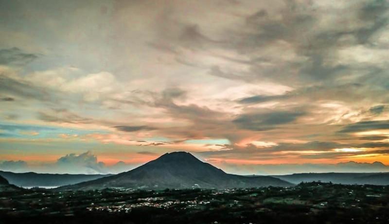 www.nusabali.com-berburu-sunrise-di-desa-pinggan-kintamani