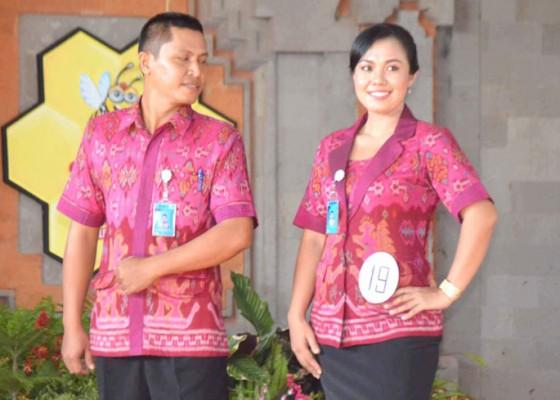 Nusabali.com - para-guru-bangga-endek-khas-buleleng