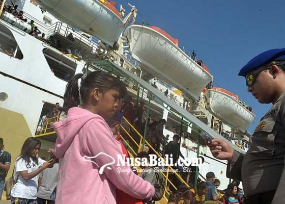 Nusabali.com - ratusan-duktang-masuk-denpasar