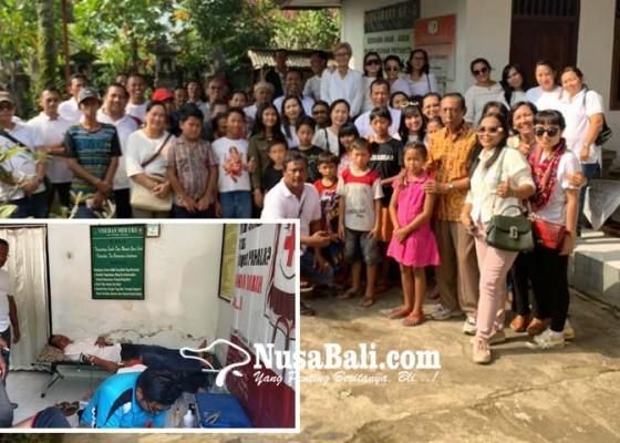 Nusabali.com - alumni-smansa-negara-angkatan-94-sumbangkan-puluhan-kantong-darah