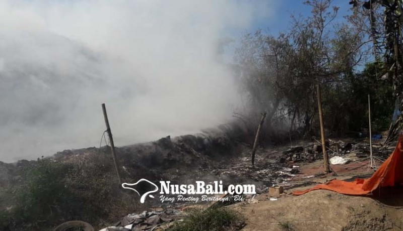 www.nusabali.com-tpa-temesi-terbakar-tengah-malam