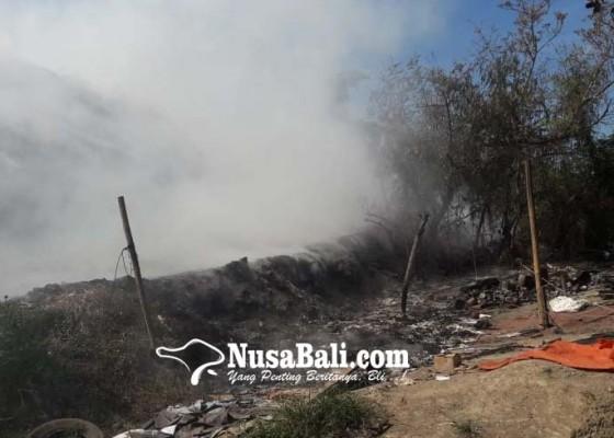 Nusabali.com - tpa-temesi-terbakar-tengah-malam