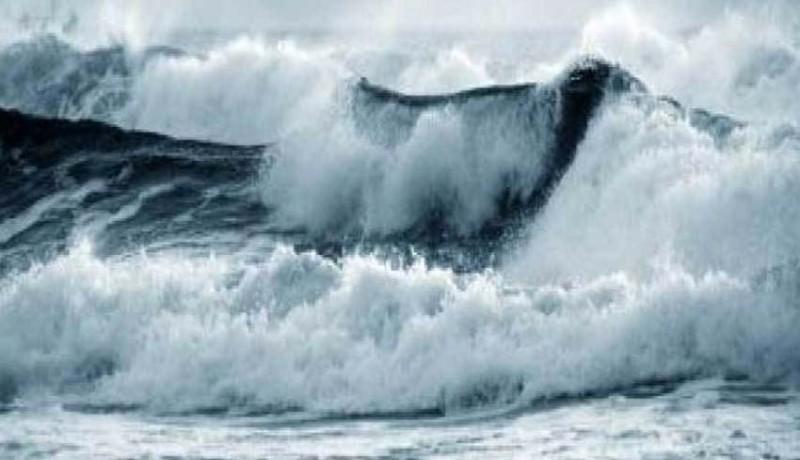 www.nusabali.com-gelombang-setinggi-6-m-hantui-perairan-bali