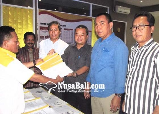 Nusabali.com - gugatan-5-ketua-dpd-ii-golkar-resmi-diregistrasi-mahkamah-partai